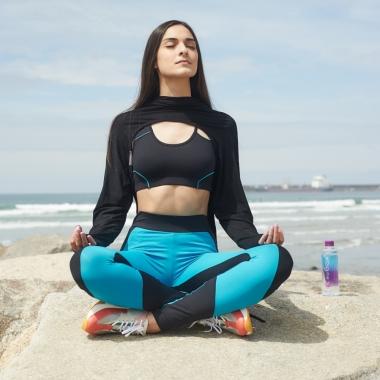 Inês medita